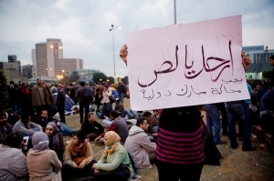 Contextualizing the Egyptian and Tunisian struggles