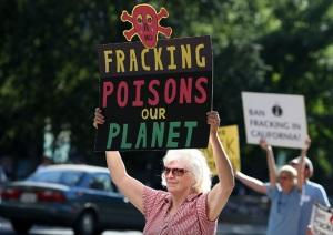 fracking-rally
