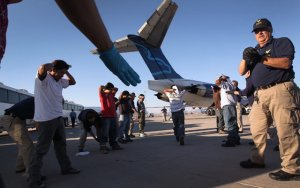 Guatemalan-deportation-AZ-Airport-2011-thumb-640xauto-7699