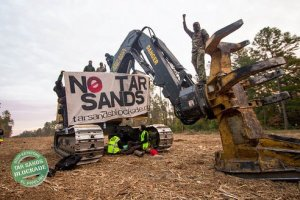 20121119-tar-sands-blockade.jpg.492x0_q85_crop-smart