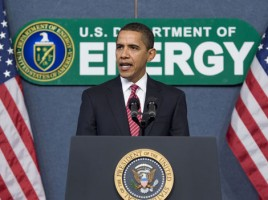 Barack_Obama_speaks_at_Dept._of_Energy_2-5-09-268x200